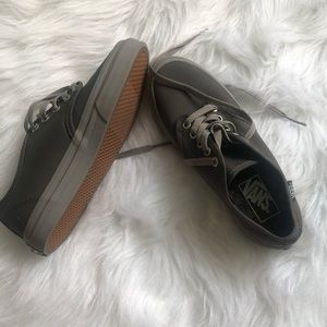 Henna pewter grey vans. New without tag an…